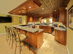 Hardwood Products: Wood Moulding, Lumber, & Carvings in St. Louis