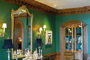 Wood Moulding: Chair Rails, Crown Moulding, & Decorative Mouldings